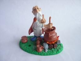 RARE FIGURINE ASTERIX BULLY 1992 PANORAMIX avec cuilli�re amovible et pots sur sol TBE MANQUE 1 POT