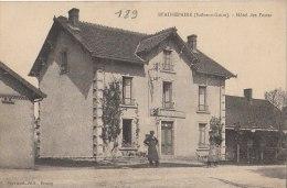 71 BEAUREPAIRE Coin Du VILLAGE Homme Devant L' HOTEL Des POSTES 1914 - France