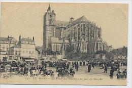 LE MANS : La Place Des Jacobins Un Jour De Marché - 142 ELD - Le Mans
