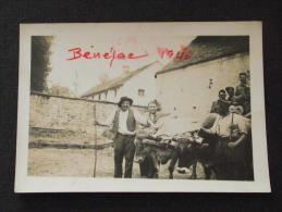 BENEJAC (Pyrénées-Atlantiques) - Paysan Et Ses Boeufs Attelés - Militaires Français En 1940 - Guerre 1939-45 - WW2 - Guerre, Militaire