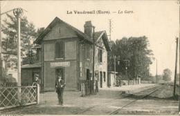 Le Vaudreuil - La Gare - France