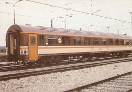 POSTAL DE ESPAÑA DE RENFE DE UN COCHE SERIE 10000 (TREN-TRAIN-ZUG) COLECCION RENFE - Eisenbahnen