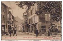 34 Embrun Place St Marcelin Et Avenue D'italie Dans Le Fond Le Morgon - Embrun
