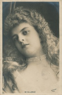FEMMES - FRAU - LADY - SPECTACLE - ARTISTE - Portrait De DE VILLAROSE - Femmes