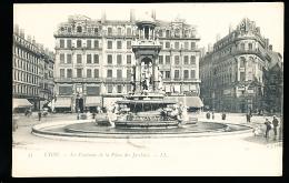 69 LYON 02 / Fontaine De La Place Des Jacobins / - Lyon