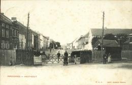 Farciennes - Haut-Bout ( Passage à Niveau , Belle Animation ) -1904 - Farciennes