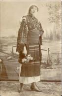 CARTE PHOTO  A IDENTIFIER - JEUNE FEMME EN HABIT TRADITIONNEL  - 050913 - To Identify