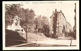 69 LYON 01 / Monument Burdeau Et Rue Burdeau / - Lyon