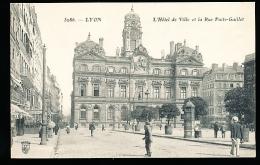 69 LYON 01 / L'Hôtel De Ville Et La Rue Puits Gaillot / - Lyon
