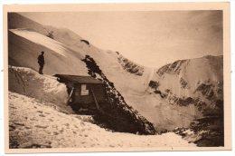CP, 74, MASSIF DU MONT-BLANC, Refuge Du Goûter (3850m) Sur L'Aiguille Du Goûter...Vierge - Chamonix-Mont-Blanc
