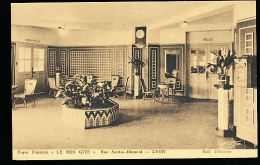 69 LYON 08 / Foyer Féminin, ''Le Bon Gîte'', Rue Santos Dumont / - Lyon