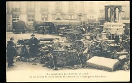 69 LYON 05 / La Catastrophe De Saint Jean, Autos Et Literie Retirés Des Décombres / - Lyon