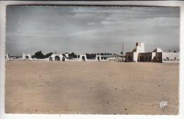 ALGERIE Ouargla - La Poste Et Les Portes Carbillet - CPSM Dentelée Colorisée PF N° 1550 - Ouargla
