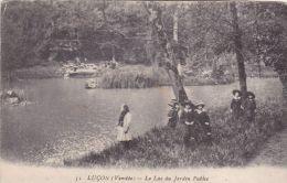 Cp , 85 , LUÇON ,  Le Lac Du Jardin Public - Lucon