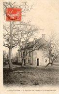 - CPA - 27 - Ecole Des Roches - Le Pavillon Des Classes Et La Maison De L'Iton  - 700 - France