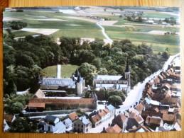 45 : Huisseau-sur-Mauves - Vue Aérienne - Le Château - Colorisée - Plan Inhabituel - CPSM GF -(n°627) - Sonstige Gemeinden