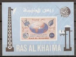 ESPACIO - RAS AL KHAIMA 1966 - Michel #BL7B **