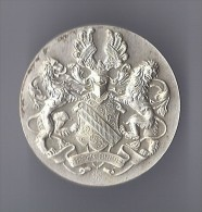 Plaque Médaille Casque Ailes Armure Lion ARGENTORATUM STRASBOURG 1947 ( Bas Rhin 67 Alsace ) Loriet - Professionnels / De Société