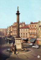 (D )31  Toulouse  Cite Des Violettes  La Place Et La Colonne Dupuy .animées. - Toulouse