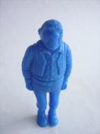 FIGURINE PUBLICITAIRE ESSO Belge Monochrome Bleu -Tintin - HOMME DE MAIN Bandit Grand Et Costaud - Kuifje