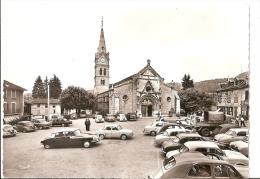 Isère - 38 - St Saint Geoire En Valdaine - L´église  Parking Voiture  Ds Citroen - Saint-Geoire-en-Valdaine