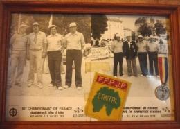 Championnat De France Pétanque 1979 Doublette Tête à Tête Triplette Mulhouse 64 Nancy 68 écusson FFFJP Cantal Médaille - Pétanque