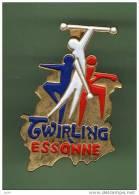 TWIRLING *** ESSONNE *** (119-2) - Gymnastique