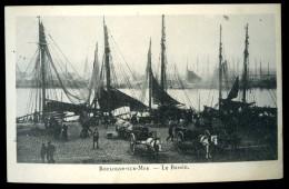 Cpa  Du  62  Boulogne Sur Mer  Le Bassin    6ao38 - Boulogne Sur Mer
