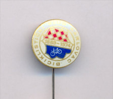 CYCLING / CROATIAN CYCLING CLUB ´´KARLOVAC´´ , 1889-1974 , Commemorative Pin - Cycling