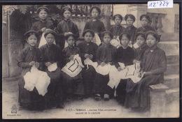 Tonkin : Jeunes Filles Annamites à La Couture - Timbres Indochine Française 1910 (12´724) - Viêt-Nam