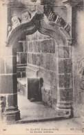LA CLARTE ( 22 ) Le Porche Intérieur  N.D Phot  ( Port Gratuit ) - Perros-Guirec