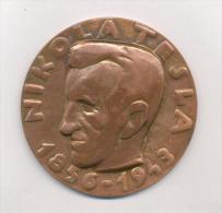 NIKOLA TESLA , Massive Signed Medal In Original Box, 82mm,20 Years Of Labour - Tokens & Medals
