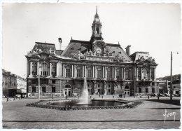 CP, 37, TOURS, L'Hôtel De Ville, Vierge - Tours