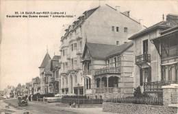 """LA BAULE-SUR-MER BOULEVARD DES DUNES DEVANT """" ARMORIC-HOTEL """" 44 - La Baule-Escoublac"""