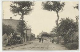 SAINT AUBIN SUR MER (14) - CPA - LA GRANDE RUE - Saint Aubin