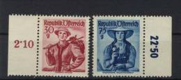 �sterreich Michel No. 899 , 907 ** postfrisch / No. 907 Fingerspuren, fleckig