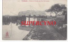 TONKIN N°3112 PECHEUR AU CARRELET PRES D'UN PONT COUVERT - Cartes Postales