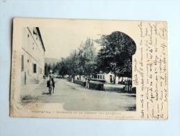 Carte Postale Ancienne : MUSTAPHA : Interieur De La Caserne Des Chasseurs , Homme à Cheval - Algérie