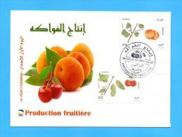 Algérie Algeria Algerien FDC Production Fruitiere Abricot Cerise Feuilles Feuille Hoja Leaf Arbre Tree Fruits Fruit 2013 - Frutta