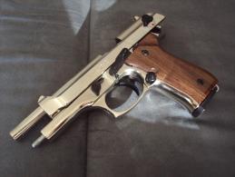 Pistolet De Défense Semi Automatique. 9mm Chrome PORT GRATUIT - Decorative Weapons