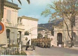 CPSM TOULON VAR CASERNE GRIGNAN TROUPE CANON - Toulon