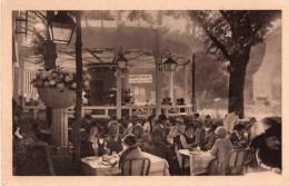 Cpa Exposition Internationale Des Arts Décoratifs Paris 1925, Intérieur Du Clos Normand (20.57) - Esposizioni