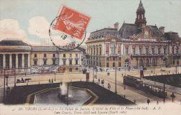 Cp , 37 , TOURS , Le Palais De Justice , L´Hôtel De Ville Et La Place (côté Sud) - Tours