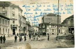Auboué   Place De La République  Avec Central-Hotel Et Pharmacie - Francia
