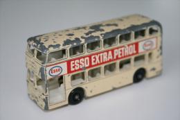 "Matchbox Lesney 74B DIAMLER BUS - ""Esso Extra Petrol"" - Regular Wheels, Issued 1966 - Matchbox"