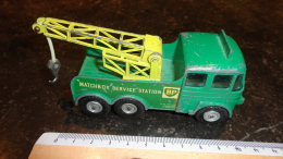 13 - Voiture Camion Dépaneuse Breakdown Tractor Matchbox BP Service Station - Jouets Anciens