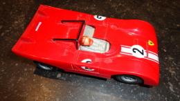 13 - Voiture De Course Pour Circuit éléctrique Ferrari - Autres Collections
