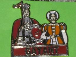 Pin's GAYANT De Douai - Pin's