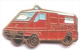 PO111 Pin´s Pompier Pompiers SCHIRMECK Vehicule Secours Alsace Achat Immediat - Pompiers