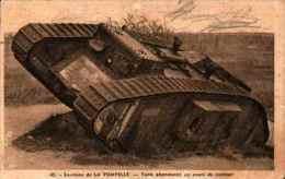 45 La Pompelle - Tank Abandonné En Cours De Combat - Matériel